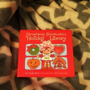 Vintage Strawberry Shortcakes Holiday Library
